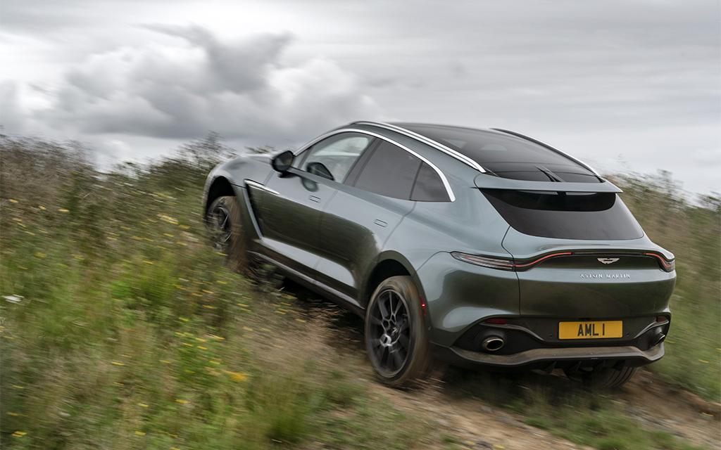 Essai Aston Martin Dbx Le Tout Pour Le Tout Moniteur Automobile