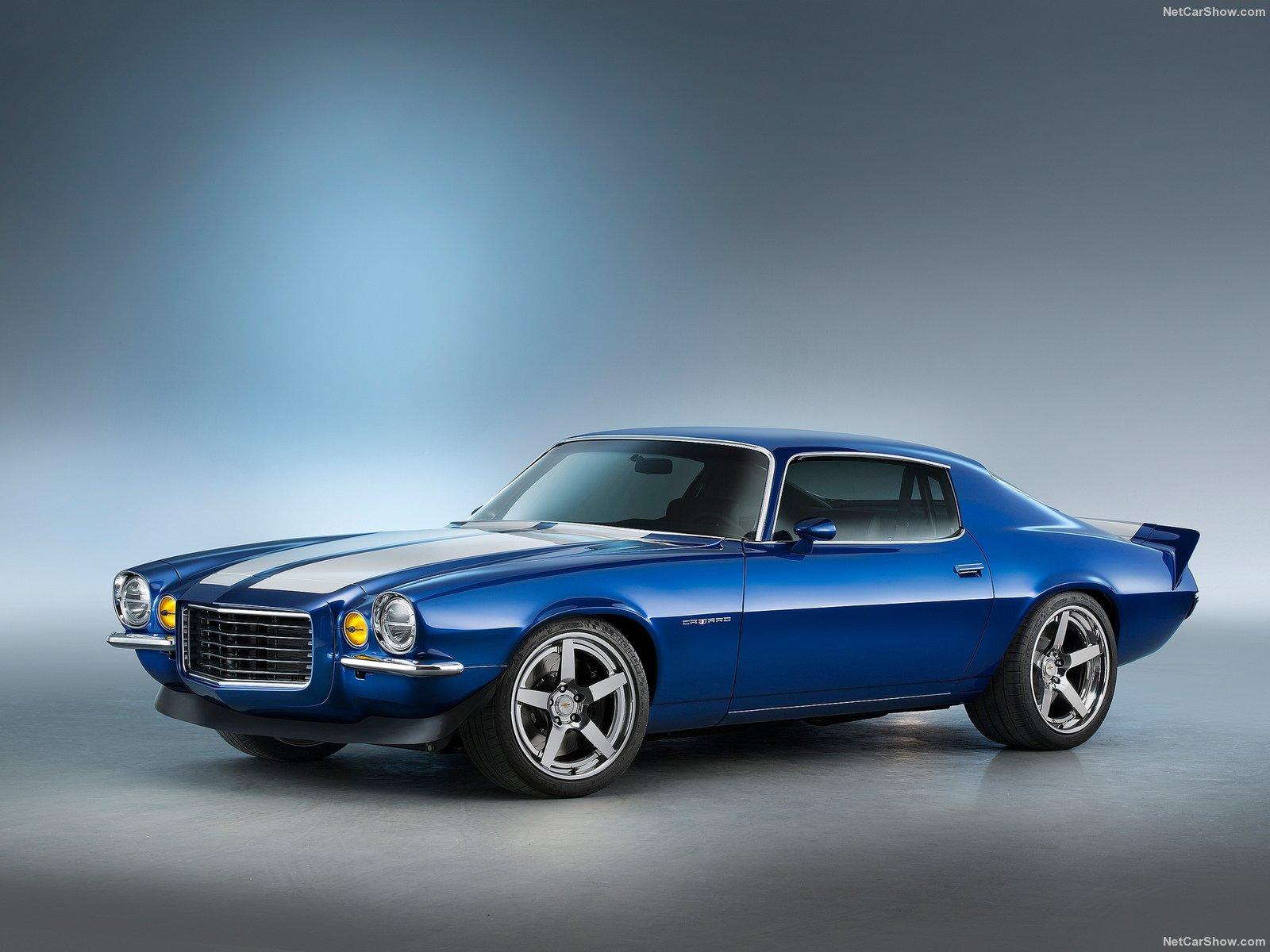 Een klassieke camaro uit 1970 met een supercharged 6 2 liter lt4 motor uit de corvette z06 een combinatie van oud en nieuw die 650 bulderende paarden onder