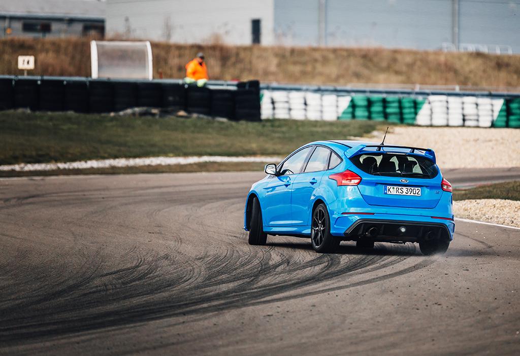 Ford Focus RS drift Mettet