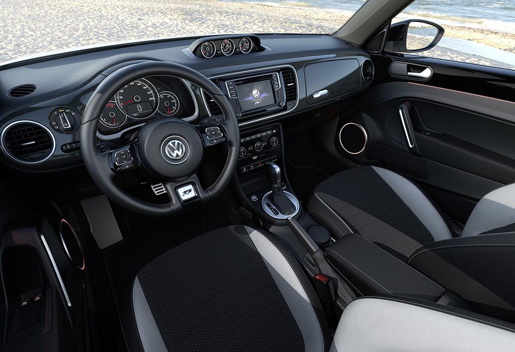 Volkswagen beetle klaar voor de zomer autowereld for Interieur new beetle
