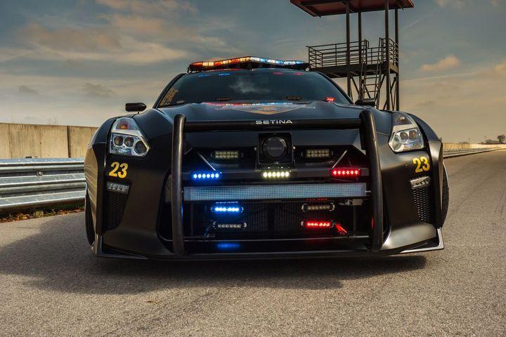 Nissan GT-R Pursuit 23 Copzilla