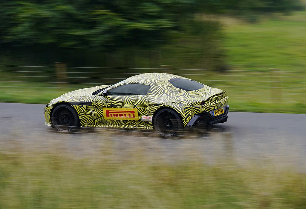 Scoop Aston Martin V8 Vantage AMG 2018