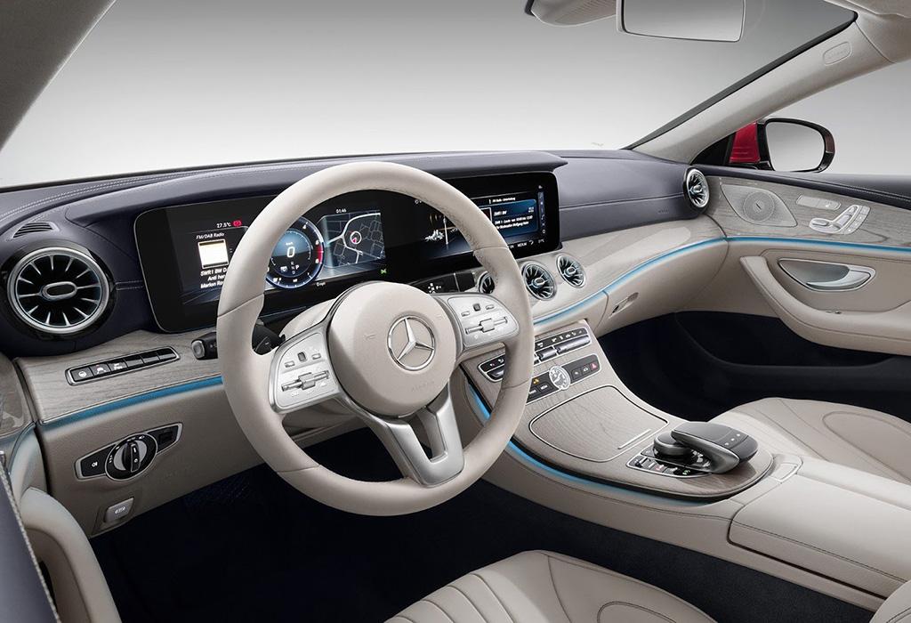 2018-Mercedes-CLS-000