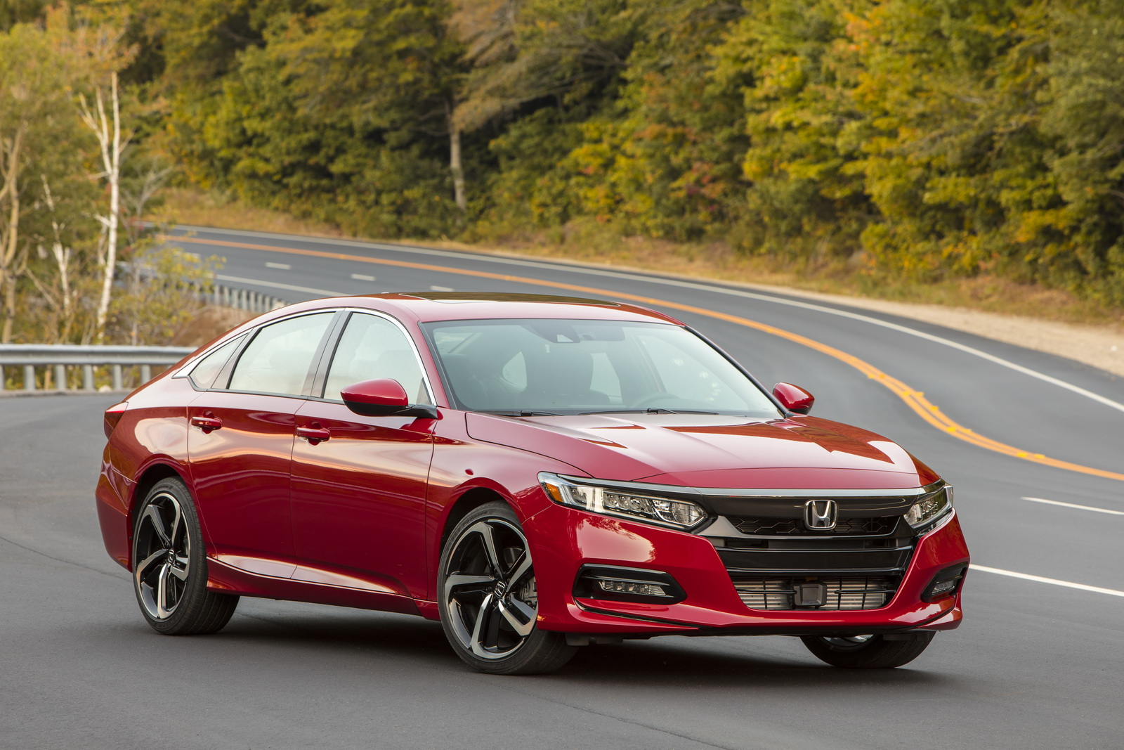 2018 Honda Accord - US CAR of the YEAR