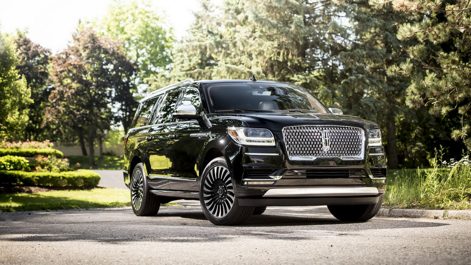 2018 Lincoln Navigator - US TRUCK of the YEAR