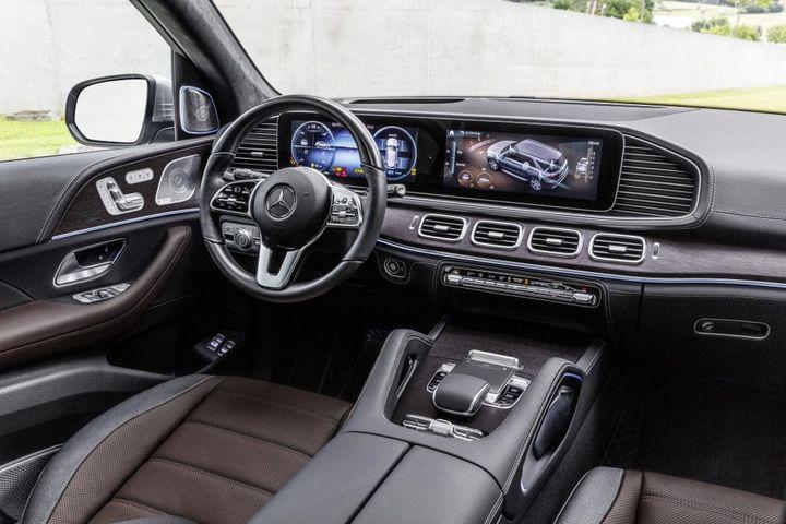 Nieuwe Mercedes GLE krijgt ABC, EQ-Boost en MBUX - AutoWereld