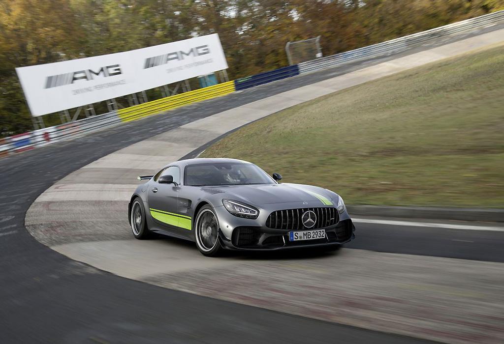 2019 Mercedes-AMG GTR Pro