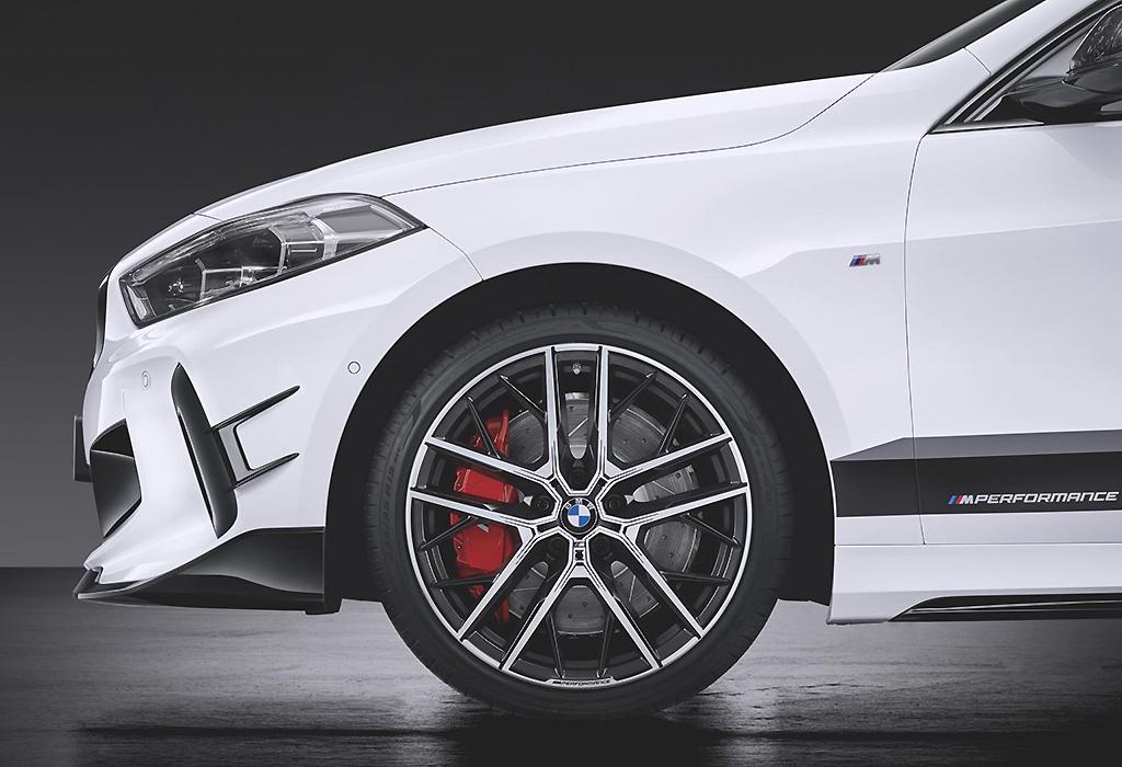 2019 BMW 1 M135i M Performance Parts