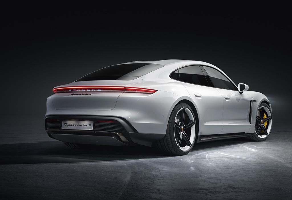 2019 Porsche Taycan Turbo