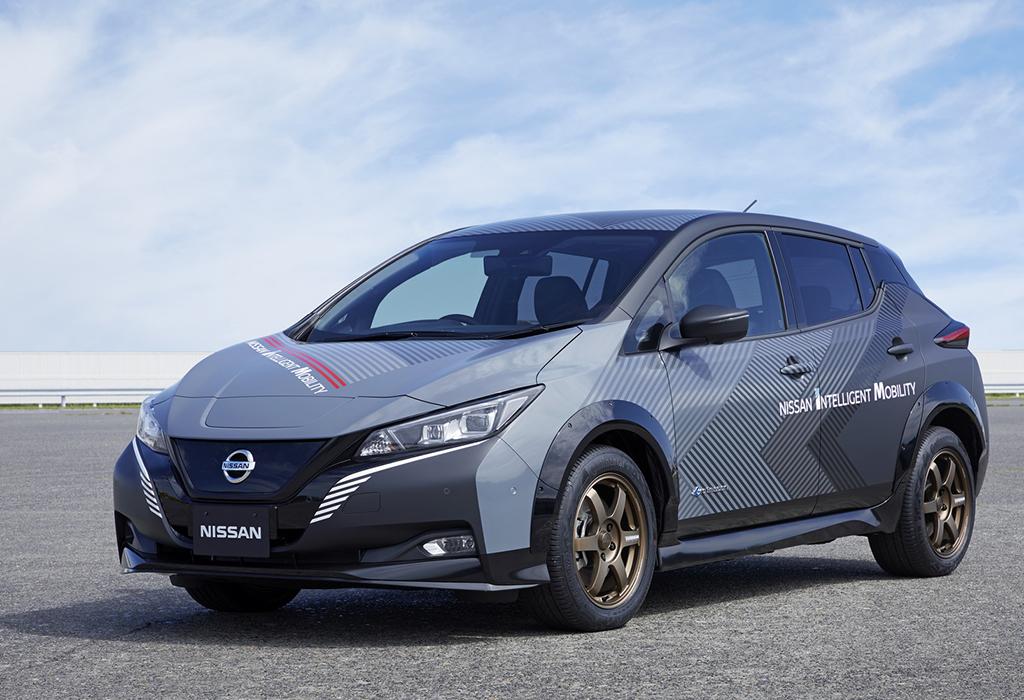 Nissan Leaf Twin Engine - Nismo?