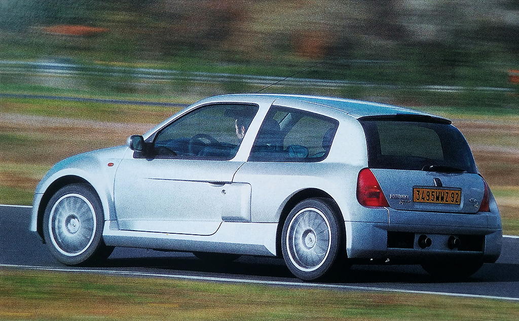 Renault Clio V6 / AutoGids 2000