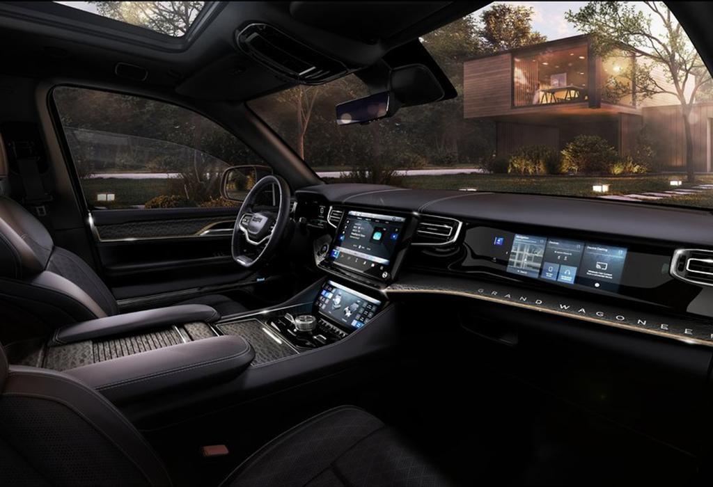 2021 Jeep Grand Wagoneer Premium SUV Concept