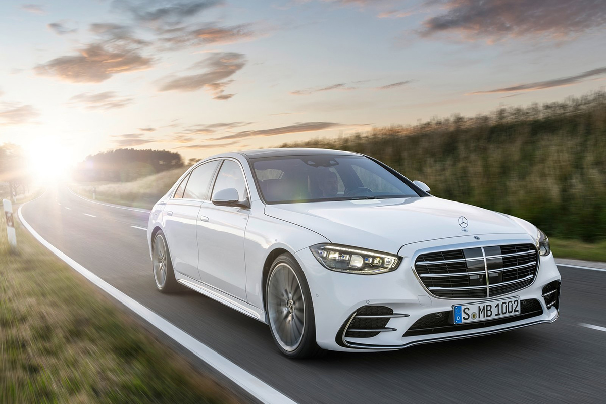 Mercedes S - World Luxury Car of the Year 2021