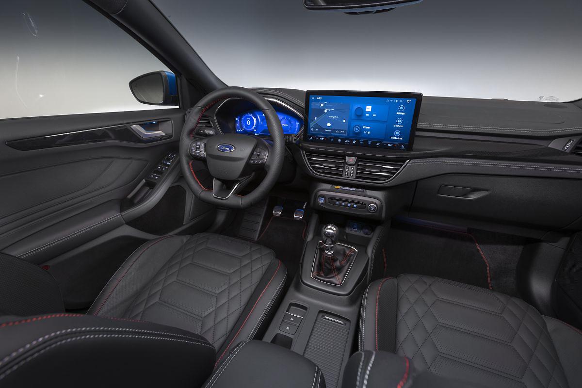 2022 Facelift Ford Focus interior