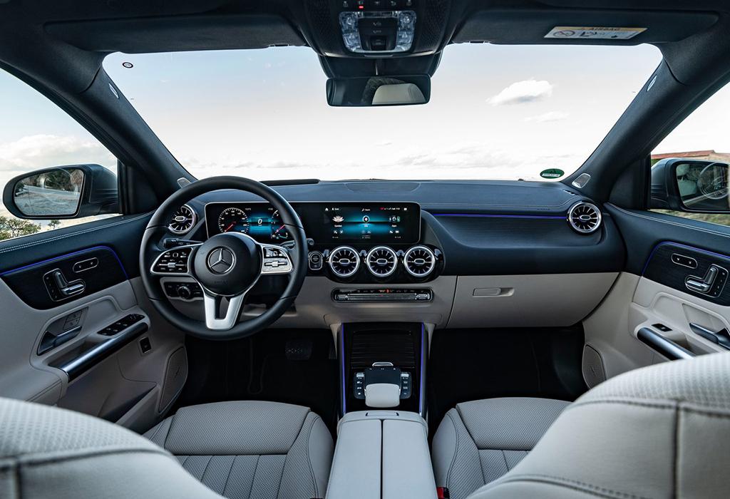 Test Mercedes GLA - AutoWereld 2020