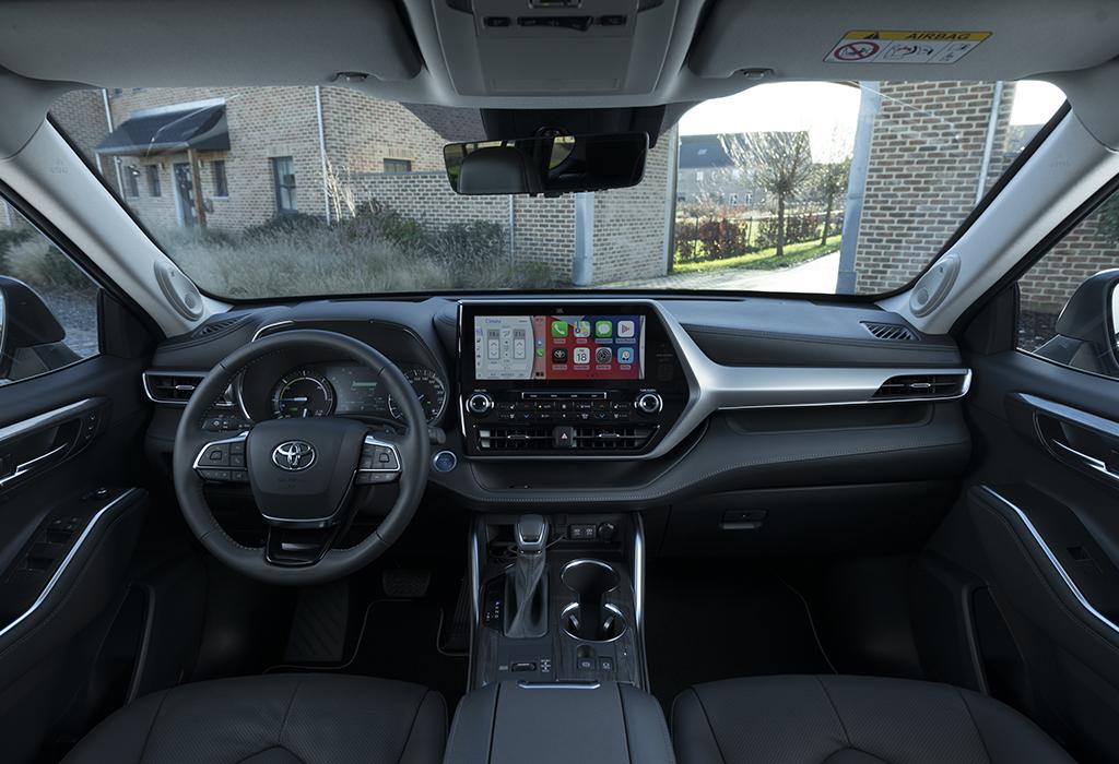 Test Toyota Highlander Hybrid - AutoWereld 2021