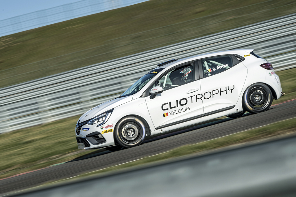 Review Renault Clio Rally5 Trophy - Moniteur Automobile 2021