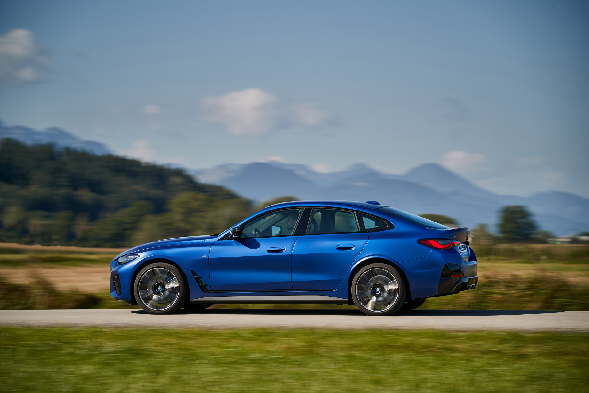 Essai 2021 BMW i4 eDrive40 / M50 Take a look at – Predominant Data Evaluation