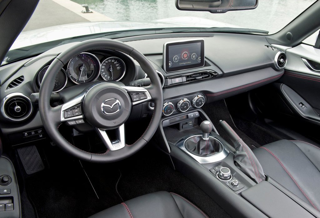 Test Test Mazda MX5 15 (2015)  AutoWereld