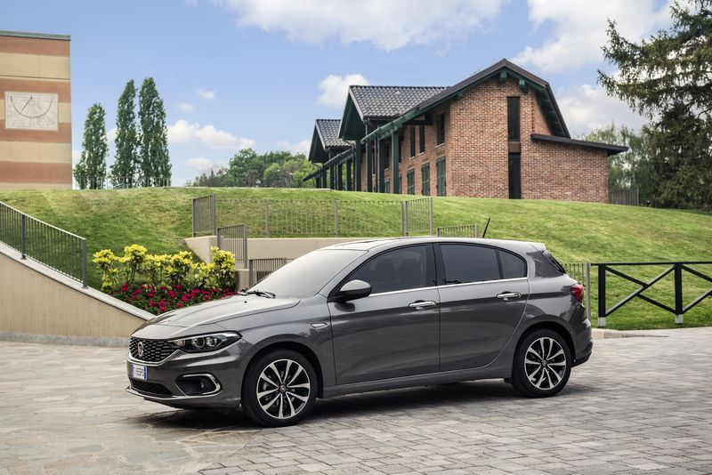 essai fiat tipo sw et 5 portes retour aux sources moniteur automobile. Black Bedroom Furniture Sets. Home Design Ideas