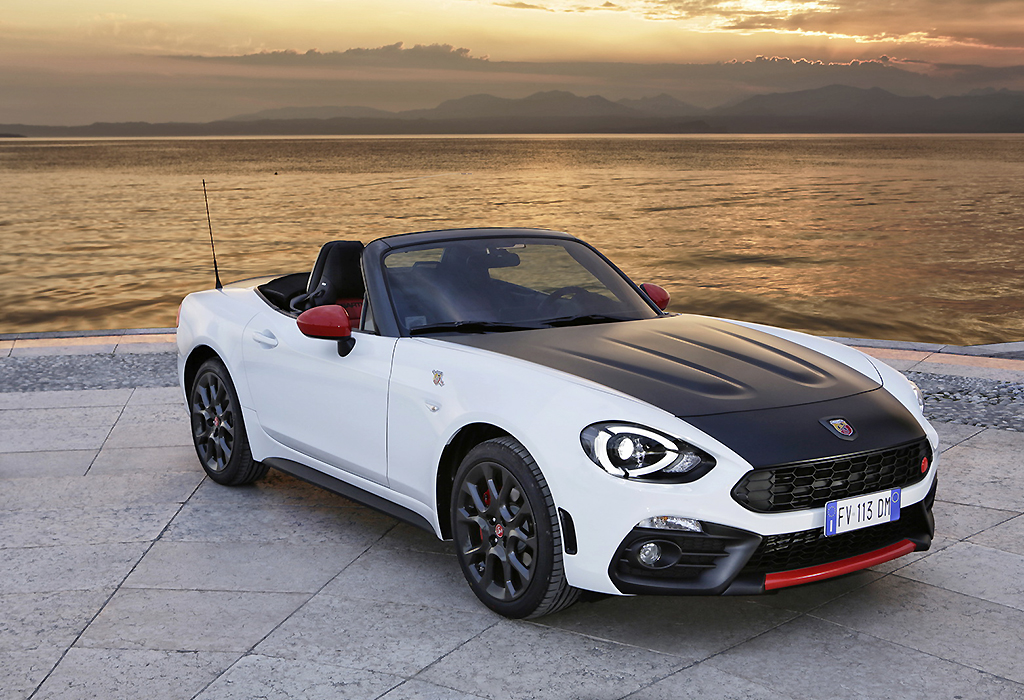 test fiat 124 spider abarth turbo autowereld. Black Bedroom Furniture Sets. Home Design Ideas