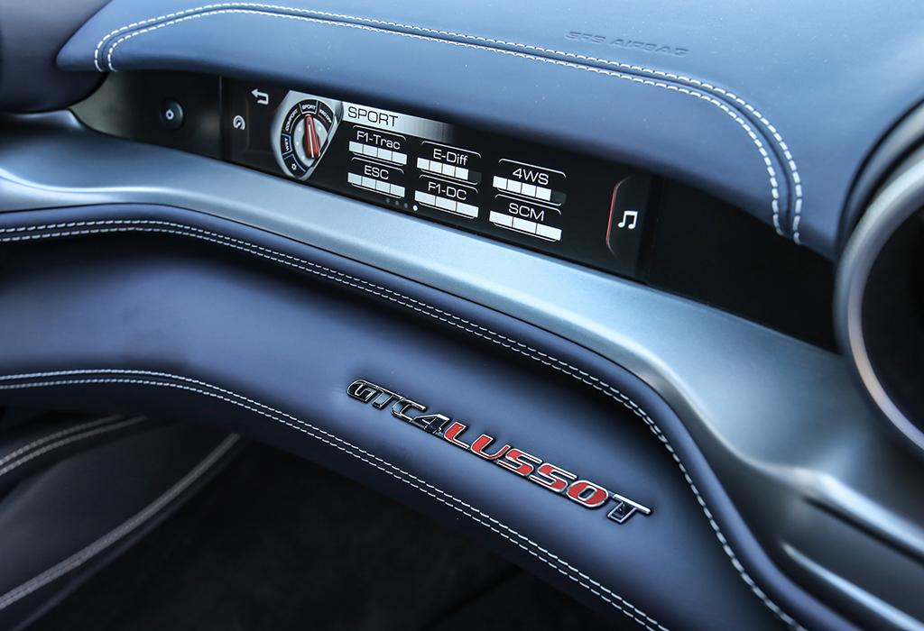 2017 Ferrari GTC4 Lusso V8 T RWD
