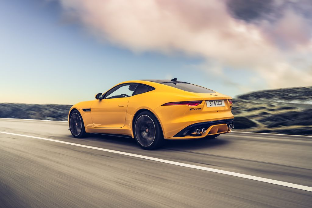 Test: Jaguar P575 R AWD - AutoWereld 2020