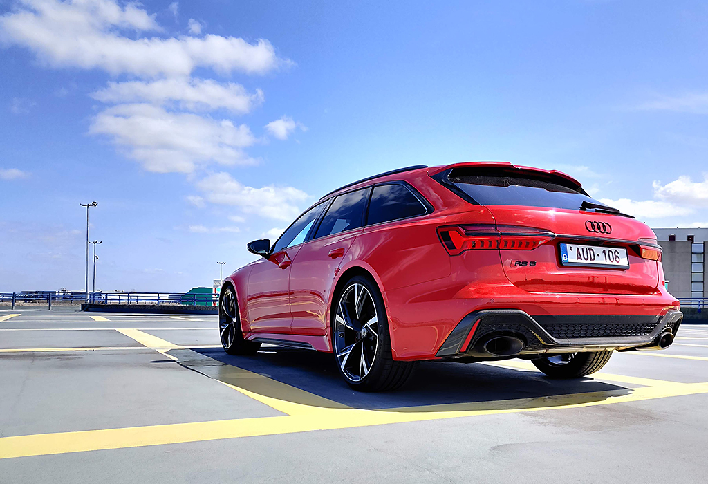 Blog / Audi RS 6 Avant / AutoGids 2020
