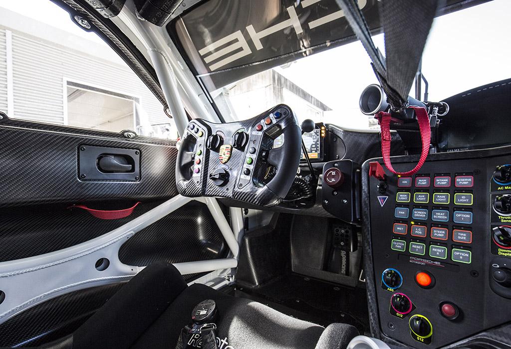Porsche 911 GT3 R - 2019