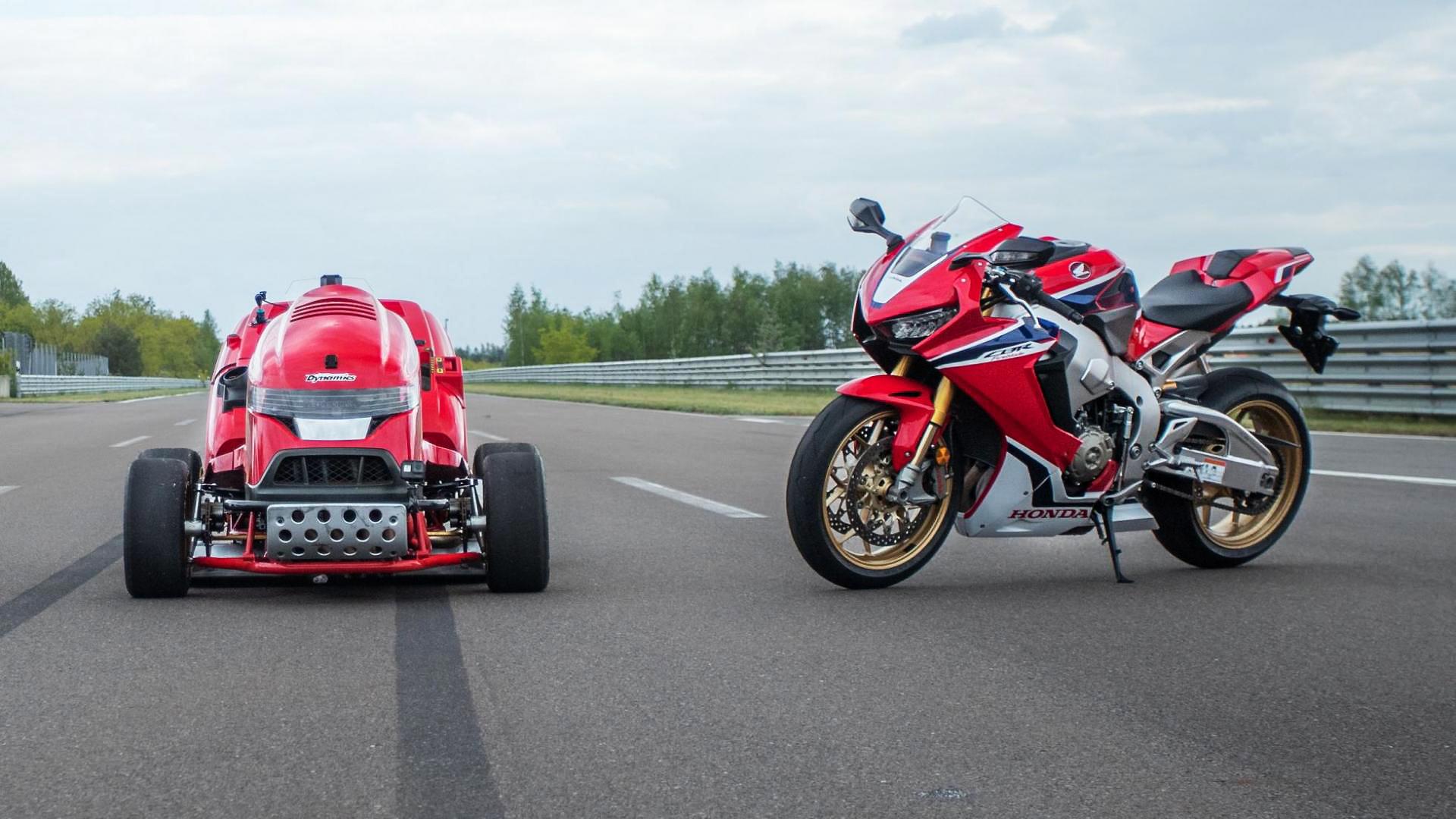 Honda Mean Mower V2 - Fireblade CBR1000RR
