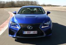 Lexus valt de Duitse supersportievelingen aan met de RC-F, een uitverkoren rivaal voor de Mercedes C63 AMG en de BMW M4.