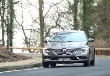 De Renault Laguna is door, leve de Talisman? AutoWereld doet de test.