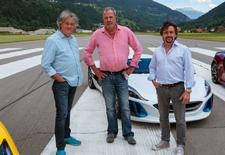 Voormalige Top Gear-presentatoren Jeremy Clarkson, Richard Hammond en James May zijn zowat klaar met het derde seizoen van hun The Grand Tour. Bekijk alvast de trailer!