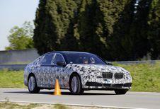 BMW Série 7, avec stationnement à distance
