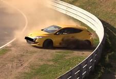 Nürburgring: Mégane RS kruipt door het oog van de naald
