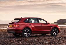 Bentley Bentayga nu ook met V8-biturbo, plug-in hybrid onderweg