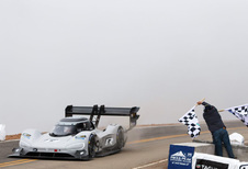 Volkswagen pakt klimrecord Pikes Peak! #1