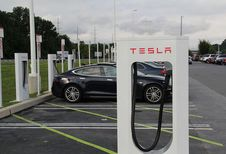 Tesla : pas de départ de la Bourse