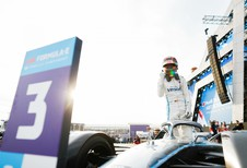 Stoffel Vandoorne meteen derde in Formule E-openingsrace Saudi-Arabië