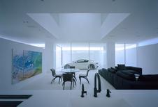 Japanner bouwt huis rond zijn Maserati