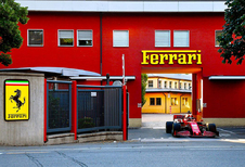 Charles Leclerc maakt Maranello onveilig met F1-wagen