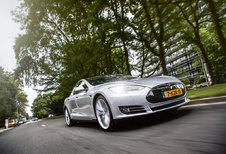 TESLA MODEL S PERFORMANCE : ICar?