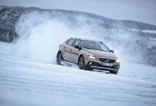 VOLVO V40 CROSS COUNTRY T5 AWD (2013)