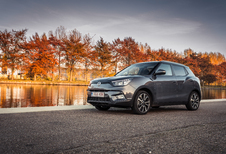 SSANGYONG TIVOLI - Toppers