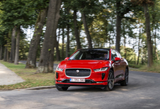 Jaguar I-Pace EV400 : De eerste échte Tesla-rivaal