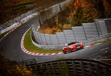 Jaguar XE SV Project 8 breekt Ring-ronderecord Alfa Giulia Quadrifoglio