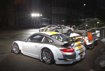 SUCCESNUMMER: Porsche 911 GT3 RSR 2011 #1