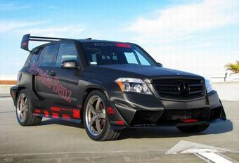 GEVLEUGELDE DREMPELKLIMMER: Renntech Mercedes GLK Pikes Peak 2011 #1