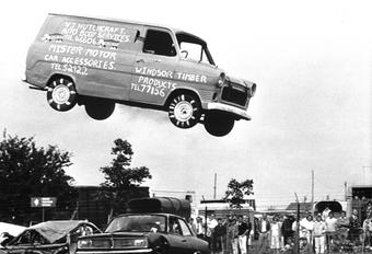 DE VLIEGENDE VAN: Snelle Ford Transits #1
