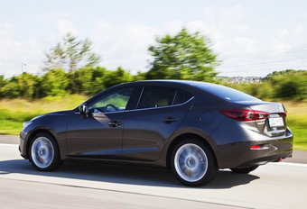 Mazda 3 Sedan klinkt logisch #1